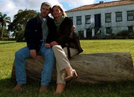 http://f.i.bol.com.br/2012/10/02/o-machao-pedro-teve-um-caso-com-helena-vera-fisher-em-lacos-de-familia-2000-1349205793182_440x320.jpg
