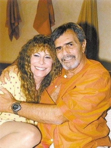 """Tarcísio Meira fez par romântico com Renata Sorrah em """"Um Anjo Caiu do Céu"""", novela das 19h (2001)"""
