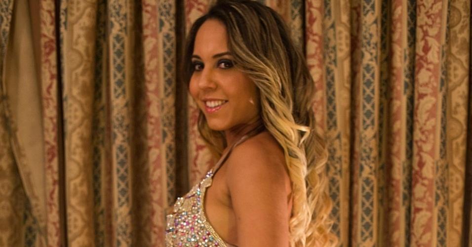 A funkeira Renata Frisson, a Mulher Melão, foi coroada