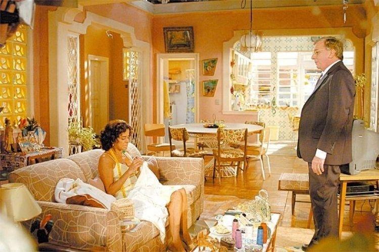 """Marieta Severo e Marco Nanini em cena de """"A Grande Família"""", da Rede Globo (2005)"""