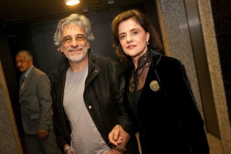 """O diretor Aderbal Freire Filho e a atriz Marieta Severo na estreia da peça """"Macbeth"""", no Teatro Paulo Autran, no Sesc Pinheiros, em São Paulo (25/6/10)"""