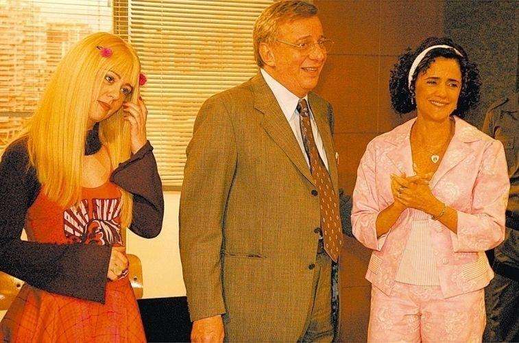 """Os atores Guta Stresser, Marco Nanini e Marieta Severo em """"Grande Família: Justiça"""", episódio do programa humorístico """"A Grande Família"""", da Rede Globo (2005)"""