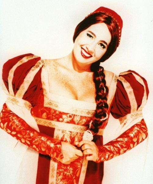 "Cláudia Jimenez, a Julieta do monólogo ""Julieta de Freud"", inspirado no clássico ""Romeu e Julieta"", de William Shakeaspeare (1997)"