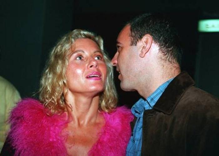 A atriz e seu namorado na época, o ator Floriano Peixoto, no Free Jazz Festival, no Rio de Janeiro (Outubro/1999)