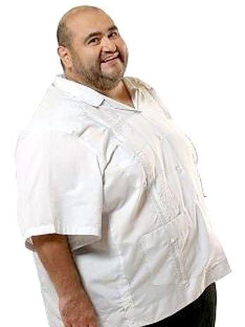"""Édgar Vivar esteve recentemente no Brasil, onde participou de um evento em que recebeu uma homenagem do programa """"Pânico na TV"""", que pagou os 14 meses de aluguel atrasado que o Seu Madruga devia para ele. O ator está com 66 anos e mais magro do que na época em que vivia o Sr. Barriga. Em 2007, trabalhou como ator no filme mexicano 'O Orfanato' e, atualmente, co-dirige uma produção televisiva argentina."""