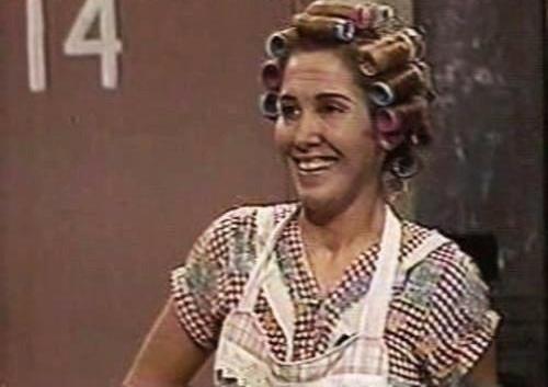 Florinda Meza interpreta Dona Florinda.