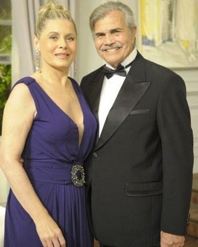 """Na novela """"Insensato Coração"""" (2011), Vera Fischer fez uma participação como Catarina e contracenou com Tarcísio Meira, que foi Teodoro na trama"""
