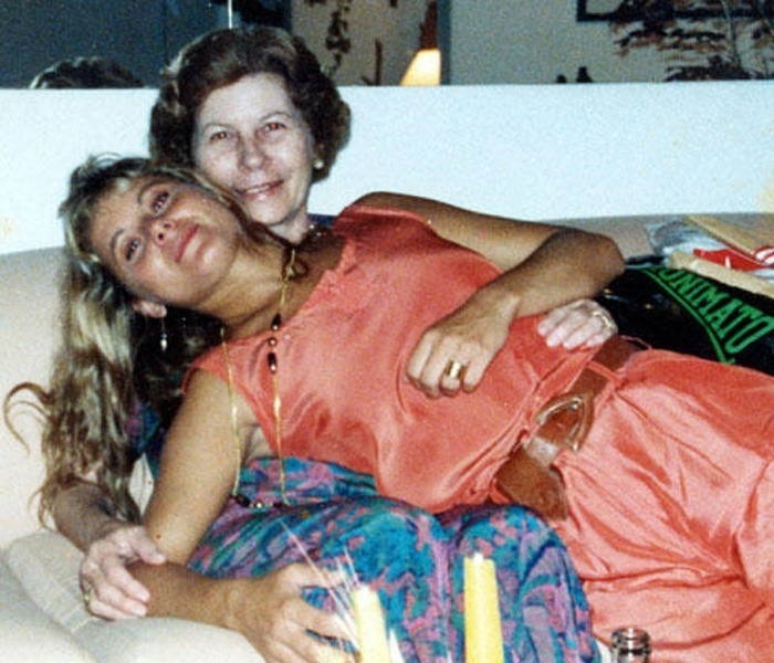 Vera Fischer posa para foto com a mãe, Hildegard