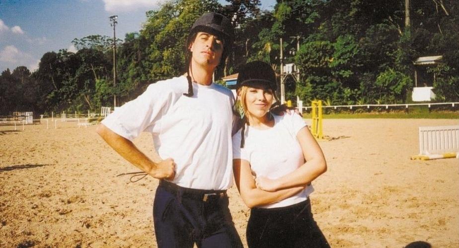 """10.set.2002 - Wanessa grava participação no programa """"MTV Sports"""" ao lado do ex-tenista e apresentador Fernando Meligeni"""