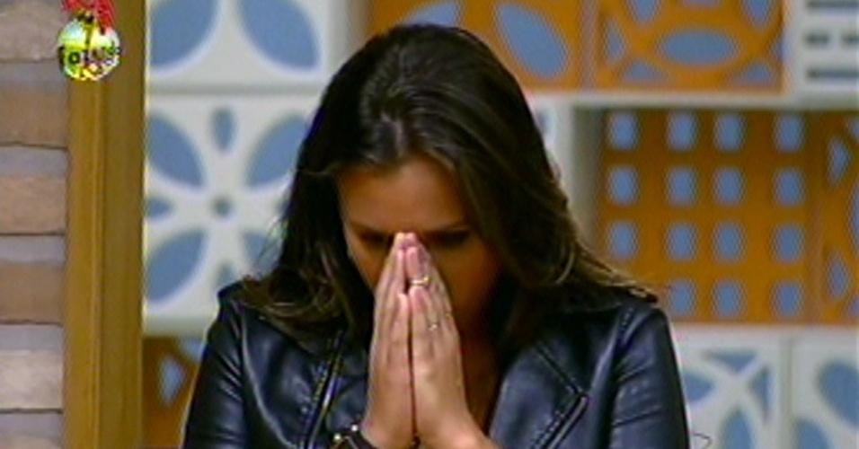 Angelis vence sua 5ª roça no programa e elimina Natália, nesta quinta-feira (27/1212).