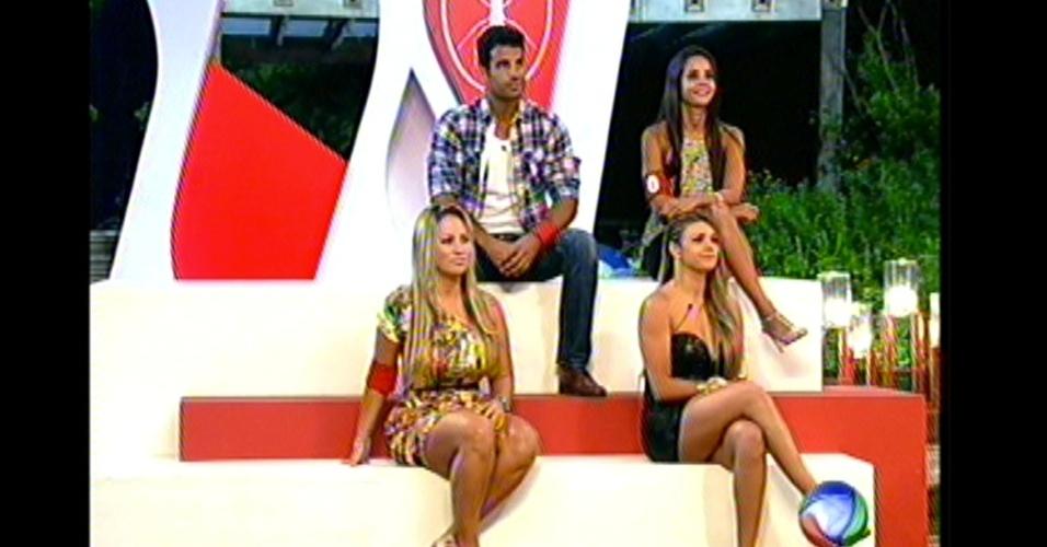 Equipe Formiga aguarda decisão de mais uma roça do programa