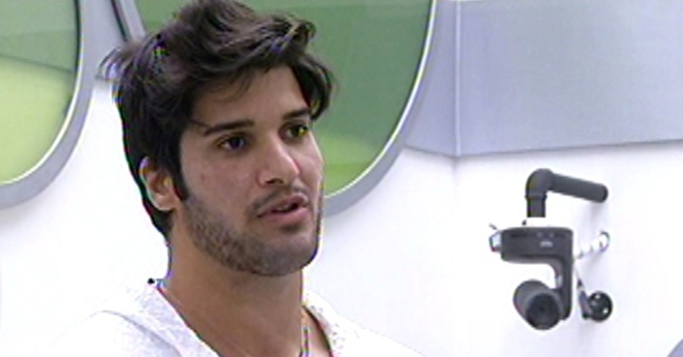Marcello é eliminado do reality show. O brother enfrentou Fani e Kamilla no paredão