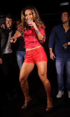 A apresentadora Sabrina Sato em ensaio para marca de jeans em São Paulo