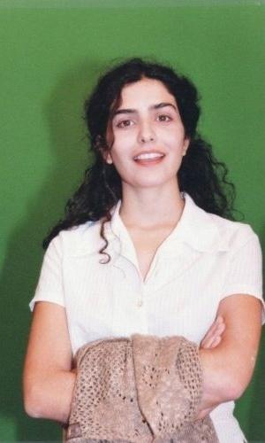 A atriz Letícia Sabatella posa para foto de 1997