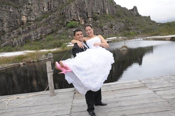 Ederson Fernandes de Melo e Danielle Cristina Barroso Melo / Diamantina (MG) 03/12/2011.