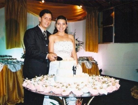 """José Filipe Arruda Farinha e Tatiane Melo Farinha foram os noivos do dia 15 de dezembro de 2007. """"Nosso casamento foi perfeito, já que nascemos um para o outro"""", revela o casal de Cordeiro (RJ)."""