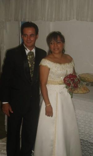 Simone Oliveira e Cosme Luiz se casaram em fevereiro de 2009, em Salvador (BA).