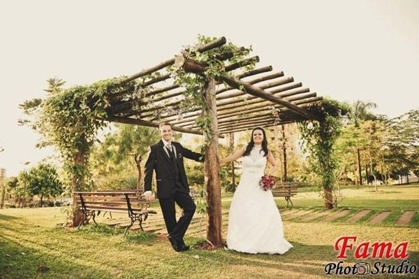 O casamento de Herbert e Edna Fortunato aconteceu em São Sebastião do Paraíso (MG), no dia 20 de outubro de 2012.
