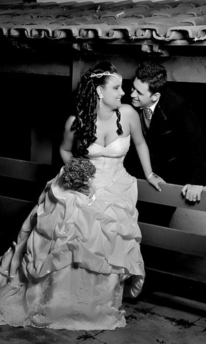 Salomão Dias Diniz e Tífani Silva Moreira se casaram em Coronel Fabriciano (MG), no dia 28 de julho de 2012.