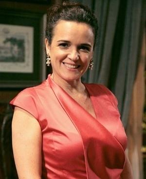 Neide Melo Rodriguez (Sandra Coverloni) - Neide é mulher de Amadeu. Tem uma relação afetuosa e estável com o marido. Teve que parar de trabalhar por causa dos filhos. Principalmente para cuidar de Linda, que é especial