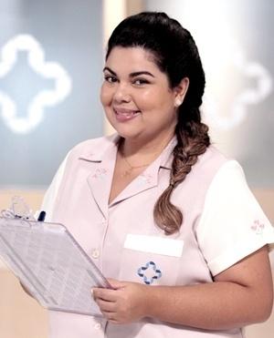 Perséfone Fortino (Fabiana Karla) - Perséfone é uma mulher divertida e agradável. É enfermeira chefe do Hospital San Magno. É ela quem organiza a agenda dos pacientes e cuida dos tratamentos e medicações