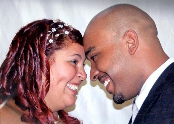 O casamento de Carlos Eduardo Modesto da Silva Cirilo e Bruna Pires Nunes da Silva Cirilo foi em Guarulhos (SP), no dia 14 de fevereiro de 2009.