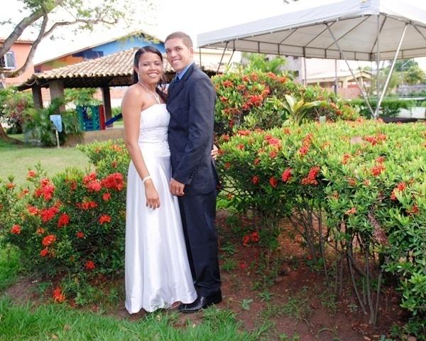 Clayton Ferreira e Juliana Mateus são de Lauro de Freitas (BA), no dia 20 de dezembro de 2010.