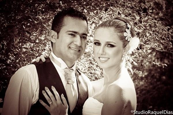 """Julian Paul e Dayara Kelly se casaram em Nova Serrana (MG), no dia 2 de março de 2012. """"Depois de seis anos juntos, decidimos que era a hora certa!"""", contou Dayara."""