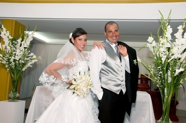 O casamento de Henrique Pereira do Nascimento Filho e Geiza Karla Cabral Bizerra foi em Goiana (PE), no dia 21 de janeiro de 2012.