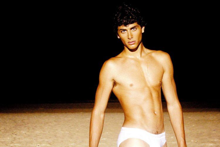 Jesus Luz Desfilou No Fashion Rio De 2007  Imagem De 2008  Orcino Mais
