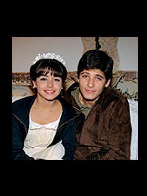 Ao 15 anos, Thaís Fersoza namorou o ator Bruno Gagliasso. Na época, ele era protagonista de 'Chiquititas' (1999).