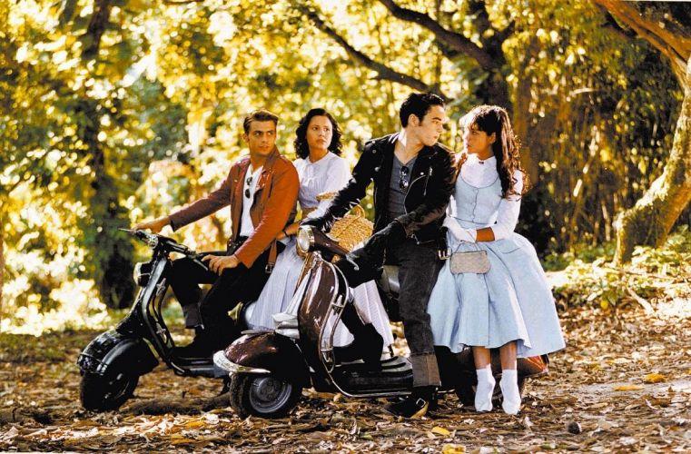 Os atores Henri Castelli, Juliana Knust, Caio Blat e Thaís Fersoza, em cena da novela