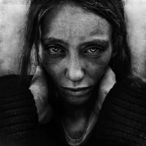 Quarta-feira (1/2) - Uma experiência no centro de Londres fez o fotógrafo amador britânico Lee Jeffries decidir concentrar suas imagens em um tema: moradores de rua.