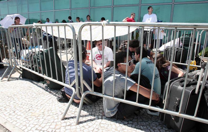 Segunda-feira (6/2) - O público da Campus Party enfrenta fila para entrar no Centro de Exposições Anhembi, em São Paulo, onde é realizada até domingo (12/2) a quinta edição do acampamento para fãs de tecnologia. A expectativa é reunir 7.000 participantes, sendo que 5.000 deles devem ficar acampados.
