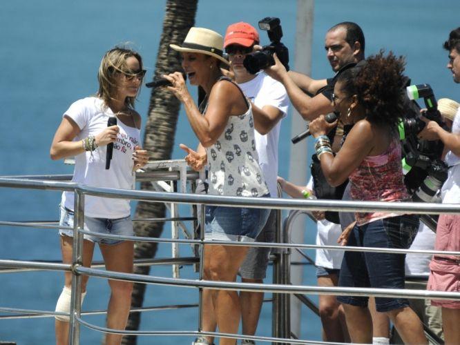 Quarta-feira (22/2) - Margareth Menezes, Ivete Sangalo e Claudia Leitte cantam juntas e agitam foliões no último dia de Carnaval em Salvador.