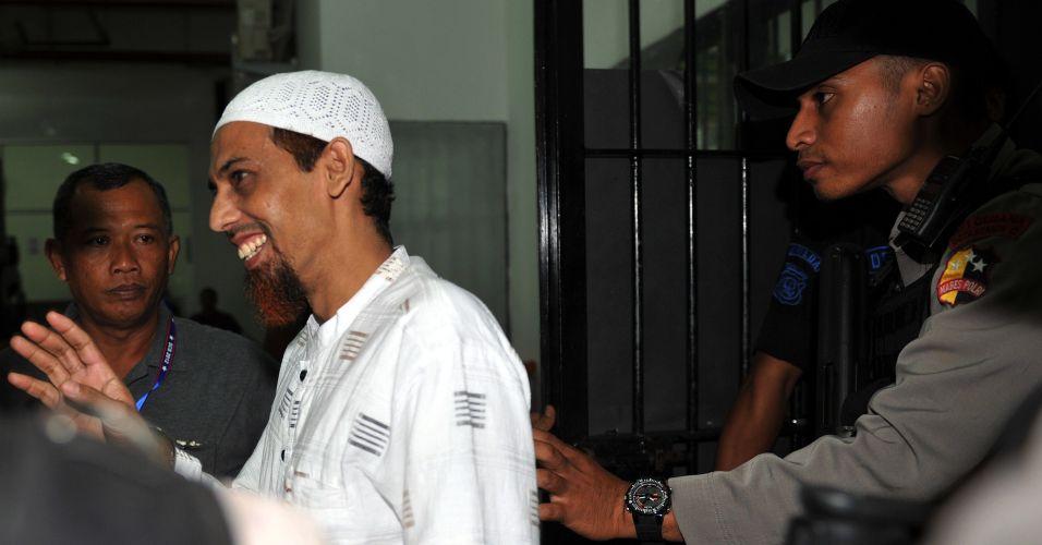 Julgamento na Indonésia
