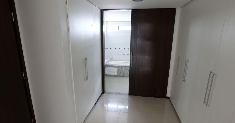 Resultado de imagem para Apartamentos de deputados em Brasília podem cair mesmo após reforma milionária