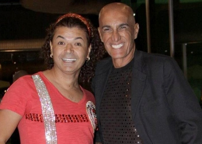 Os até então inseparáveis amigos David Brazil e Amin Khader protagonizaram a divulgação de uma notícia falsa sobre a morte do segundo, em 28 de junho de 2011
