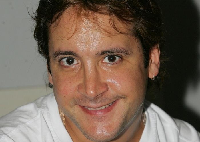 Roy Rosselló, ex-integrante da banda porto-riquenha Menudo, foi acusado de agredir sua ex-mulher na cidade de Camaçari, na Bahia