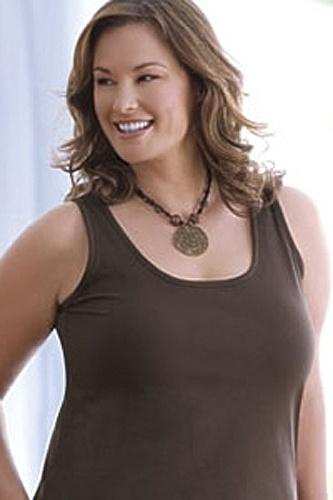"""A modelo Barbara Brickner, 8ª colocada do """"AskMen.com"""", se sentiu ofendida na primeira vez que foi abordada por um agente de modelos """"plus size"""""""