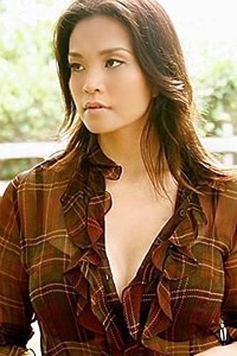 """Na 9ª posição, Maggie Brown é a representante da beleza oritental na lista da """"AskMen.com"""""""