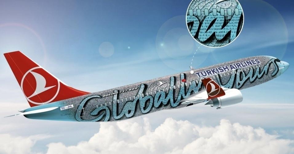 Companhia aérea turca Turkish Airlines apresentou na quinta-feira (15/3/12) em Istambul um avião da marca Boeing 737-800 decorado com as fotos de seus 17 mil funcionários.