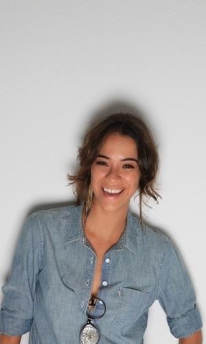 """Nova aposta do elenco do programa """"Casseta e Planeta"""", da Tv Globo, a comediante Miá Mello é um dos destaques da revista """"Trip"""" de abril (2012)"""