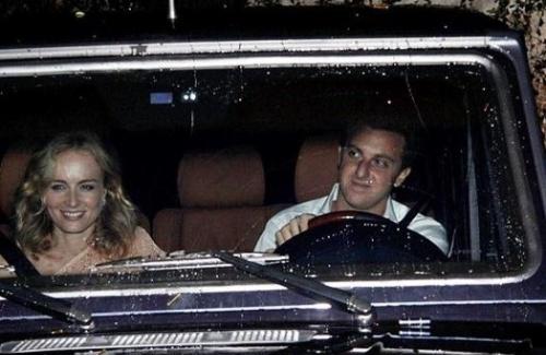 Angélica e Luciano Huck deixam a casa do empresário Eike Batista, no Rio; o casal de apresentadores jantou com Madonna, durante a estadia da cantora no Brasil (13/11/09).