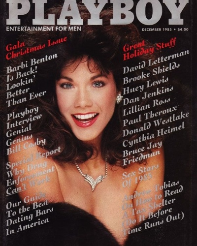 """Barbi Benton ficou mais conhecida pelo relacionamento com o criador da """"Playboy"""" do que pelo seu trabalho como cantora """"country"""" e atriz, que só decolaram depois da primeira vez que Barbi estampou a capa. Barbi foi capa de mais quatro edições, a última em dezembro de 1985 (foto)."""