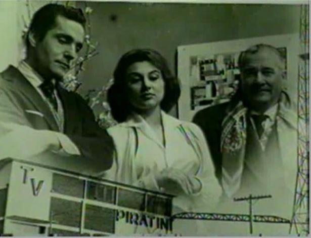 A atriz Marly Bueno (ao centro) em um cartaz promocional da TV Piratini