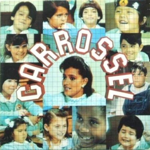 'Carrossel' - A novelinha mexicana não deixou só o famoso romance entre Maria Joaquina e Cirilo em nossas memórias. Sua trilha sonora também estourou nas lojas de disco do país.