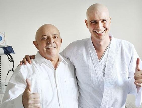 O ex-presidente Lula encontra o ator Reynaldo Gianecchini no Hospital Sírio-Libanês, em São Paulo, onde os dois fazem tratamento contra o câncer (25/1/12)