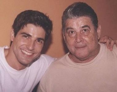 O pai do ator Reynaldo Gianecchini, Reynaldo Cisoto Gianecchini, morreu no dia 17/10/11. Ele tinha 72 anos e estava em tratamento contra um câncer. Em agosto deste ano, o ator também recebeu o diagnóstico de câncer e passa por tratamento