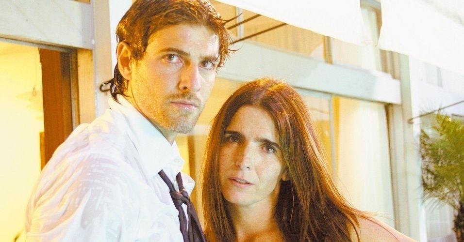 """Os atores Reynaldo Gianecchini e Malu Mader em cena do filme """"Sexo com Amor?"""", de Wolf Maya (30/1/08)"""